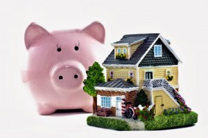 realestateleads_house and piggy bank